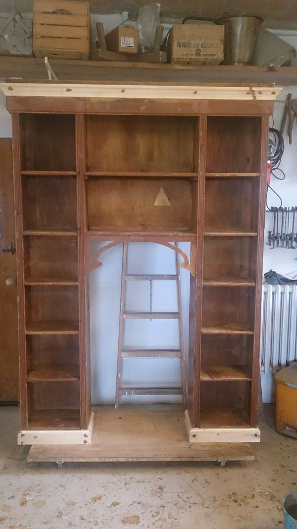 Libreria Laccatura Legno prima della Lavorazione