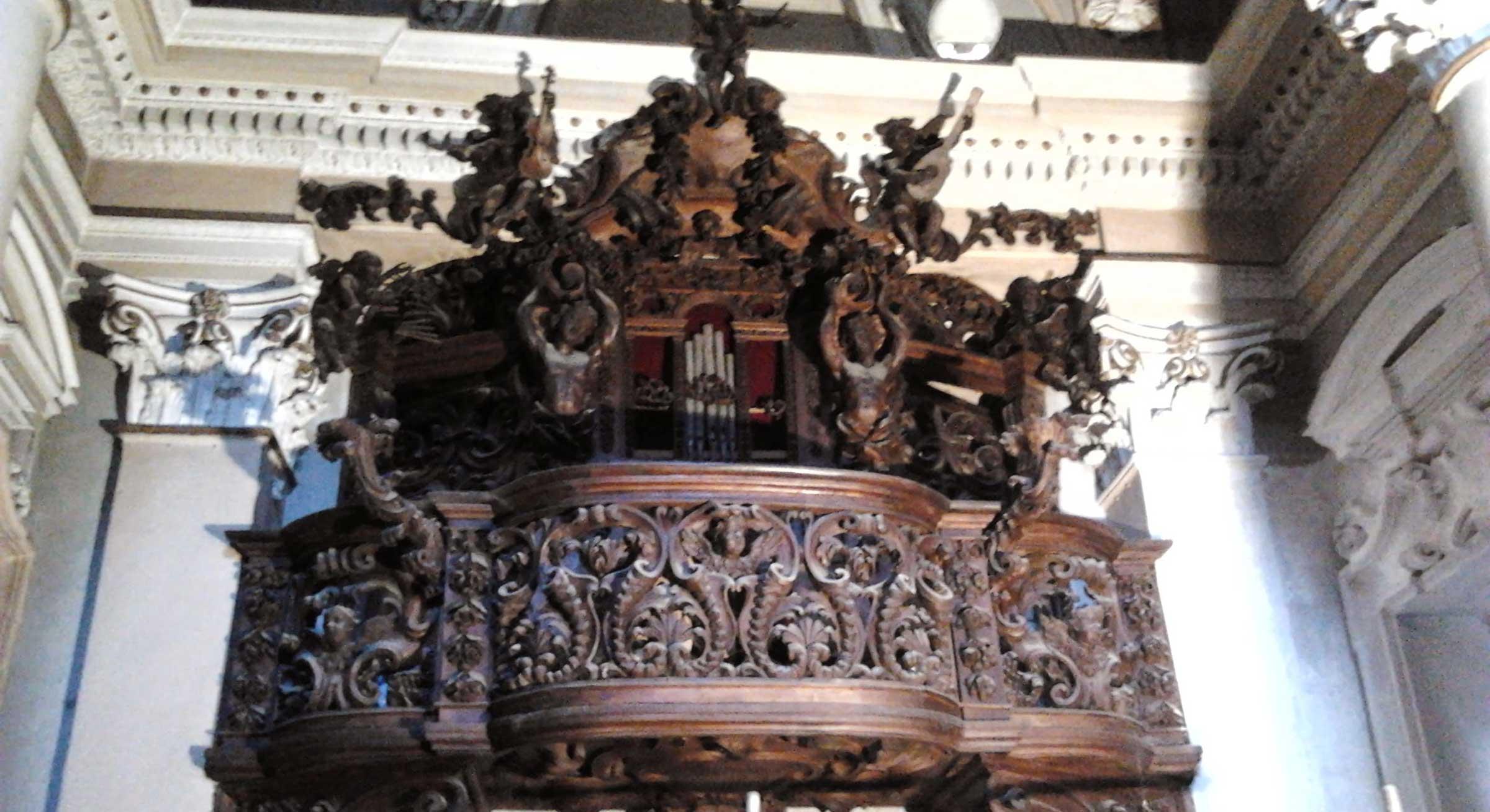 Restauro Cantoria Arredo Ecclesiastico