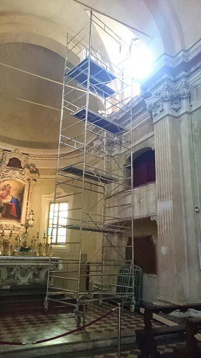 Restauro Finestroni Chiesa Annunziata Interno