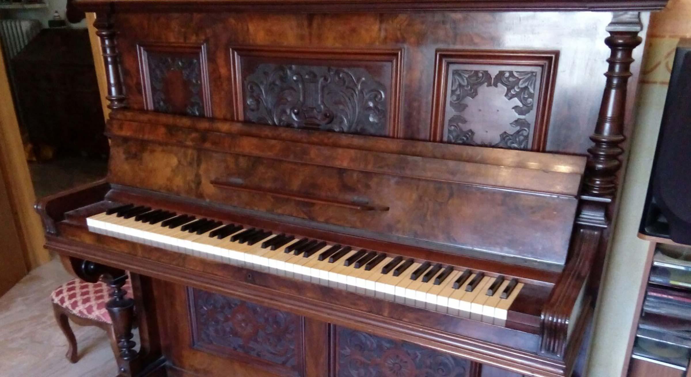 Vendita Mobili Restaurati Pianoforte